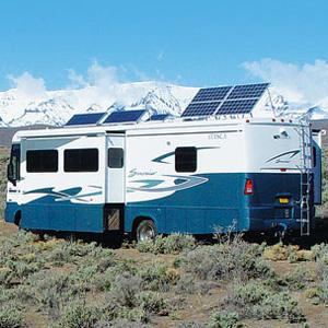 In campeggio con i pannelli solari