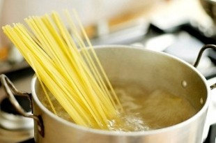 riciclare acqua pasta in cucina