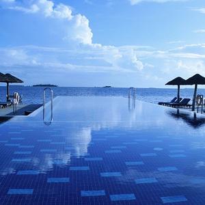 Pannelli solari per piscine come funzionano io verde - Pannelli solari per piscina ...